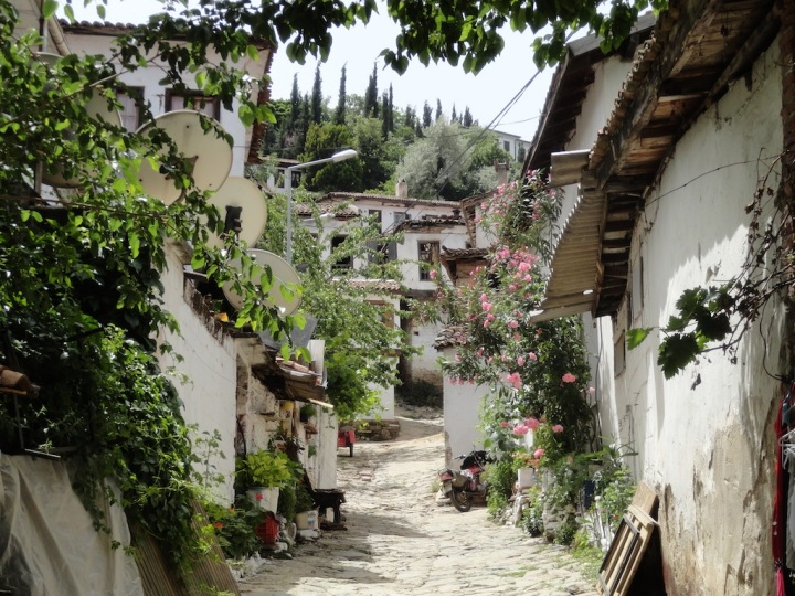 The cobbled lanes of Sirince.