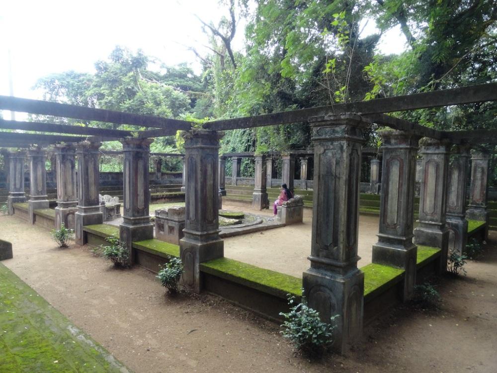 Tri Palace